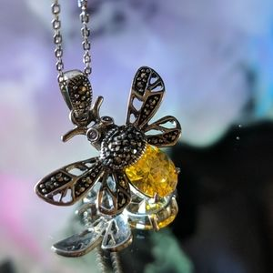 Sterling silver pendant with yellow stone & chain